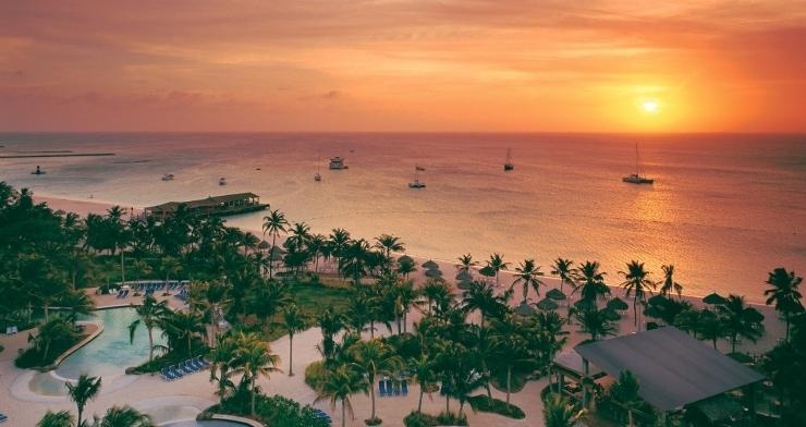 playa-palmbeach-aruba[1]