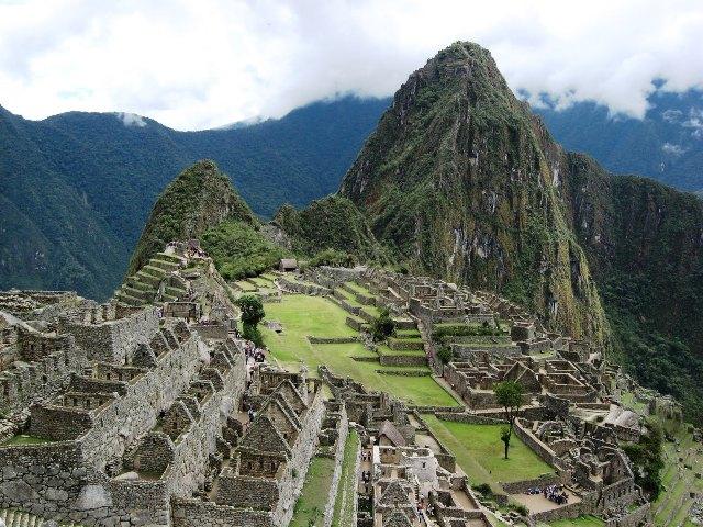 Cuzco_Peru_Machu_Picchu_2010.10