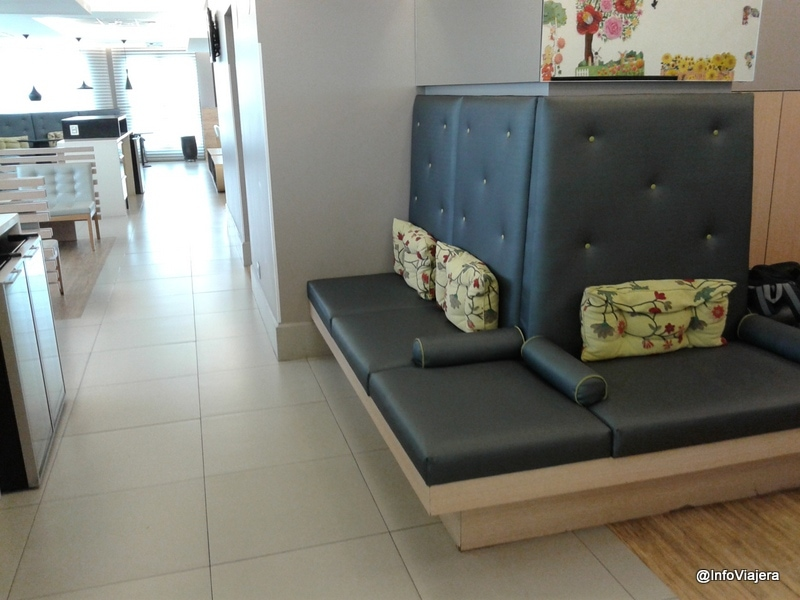 GRU_Terminal_2_Sala_VIP_Proair_Sillones