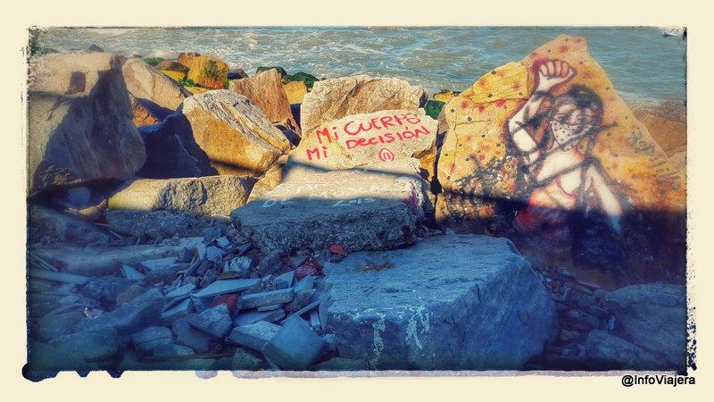 Mar_del_Plata_Feministas_Graffitis_Costa