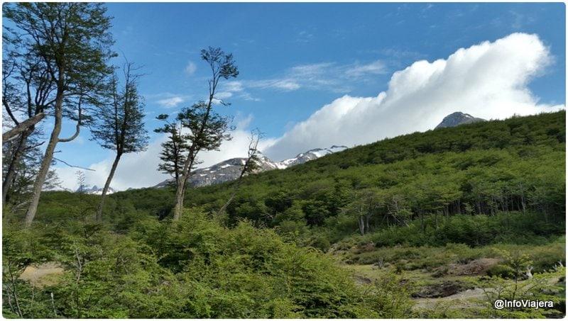 Ushuaia_Turismo_Aventura_Cascada_Submarino_Paisaje