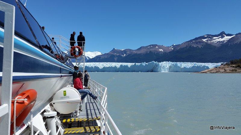 Parque_Nacional_Los_Glaciares_Navegacion_Safari_Nautico_Yendo_Hacia_Pared