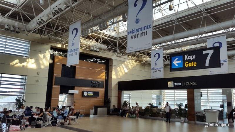 Aeropuerto_Antalya_Turquia_Cabotaje_Puerta_7