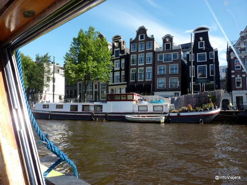 Amsterdam_Casa_Bote_Canal