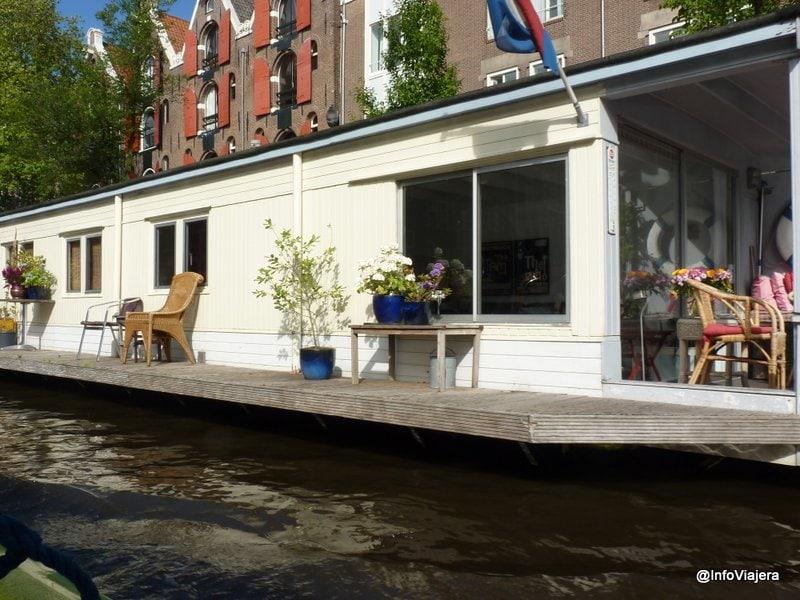 Casa_Sobre_Canal_en_Amsterdam