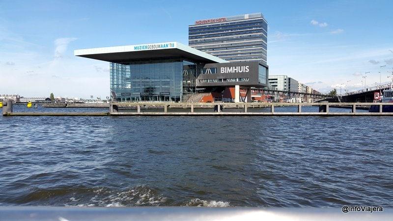 Crucero_Canales_Amsterdam_Muziekgebouw