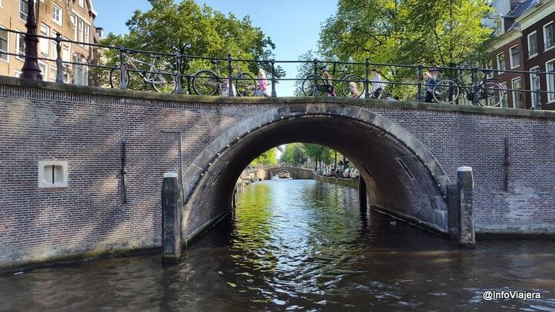 Crucero_Canales_Amsterdam_Puente
