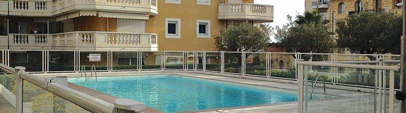 Niza_Riviera_Flats_Departamentos_Piscina_Pileta