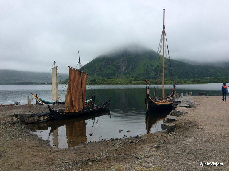 noruega_islas_lofoten_museo_vikingo_lago_barcos