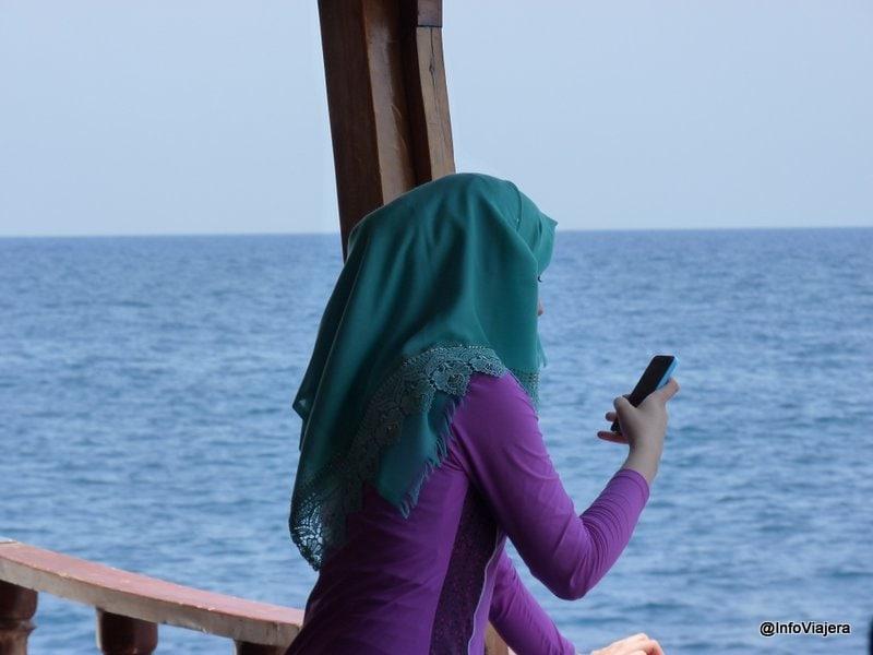 antalya_buceo_mujer_musulmana